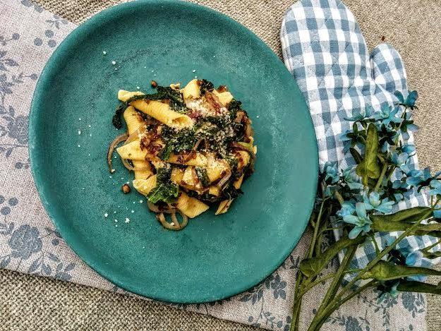 Garganelli verza lenticchie & cipolla