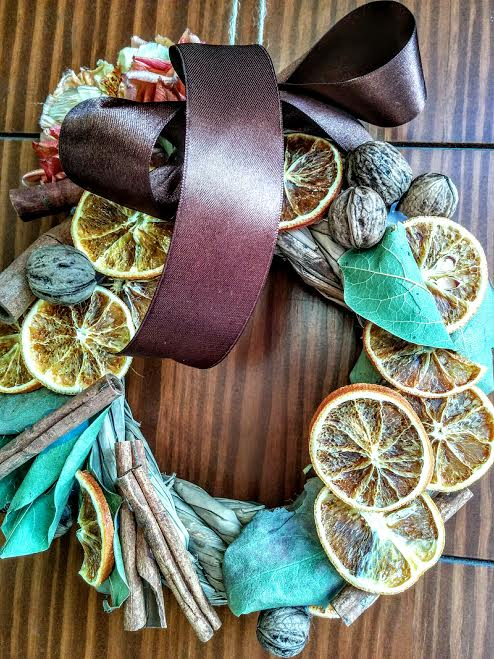 Ghirlanda con arance essicate & cannella