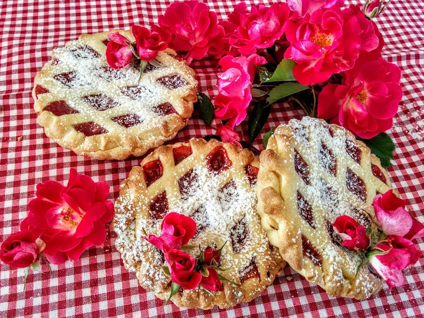 Crostatine con confettura di fragole & menta