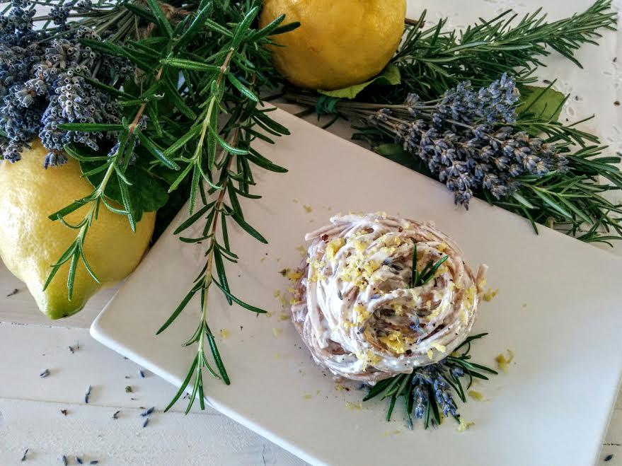 Spaghetti integrali al farro con ricotta & limone