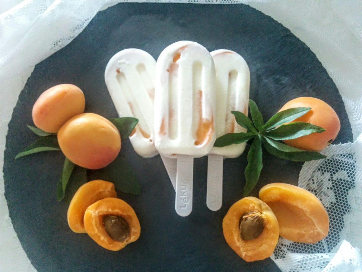 Ghiaccioli di yogurt & albicocche