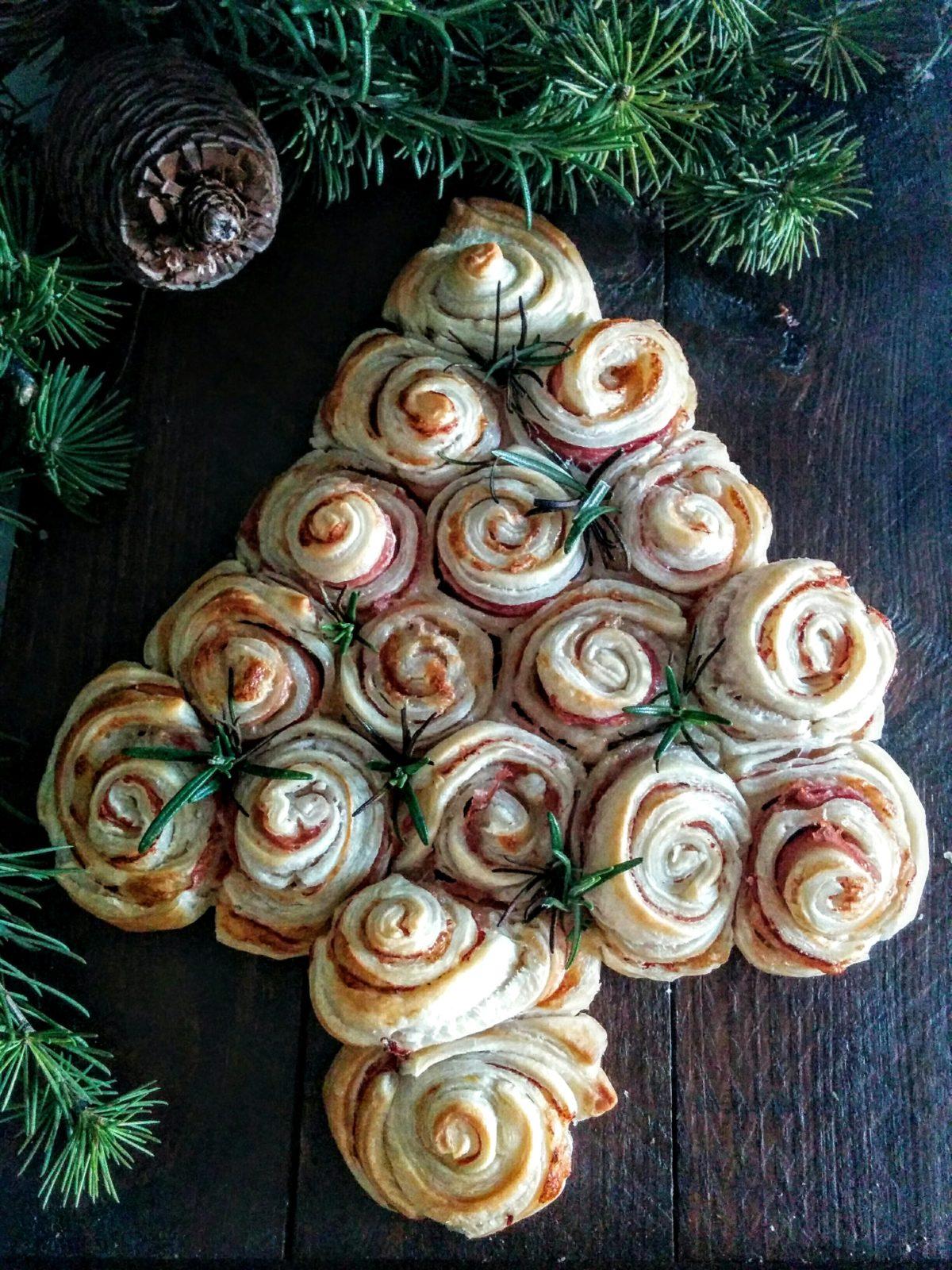 Albero Di Natale Pasta Sfoglia.Albero Di Natale Di Pasta Sfoglia Passatelliescialatielli It